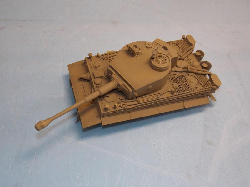 TIGRE S33  avant la bataille de Koursk juillet 43 (Dragon 1/35 dio DIODUMP) - Page 5 968480DSCN4656