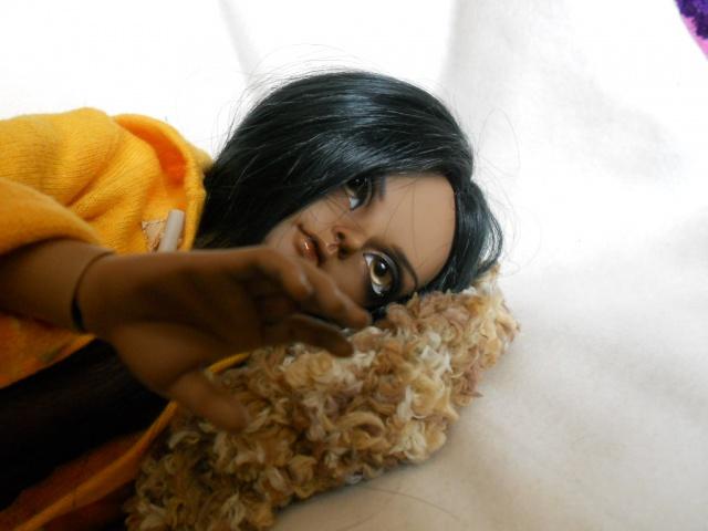 Nouvelles dolls : DimAria, LTF Ante et Lishe :) - Page 5 969384jaune5