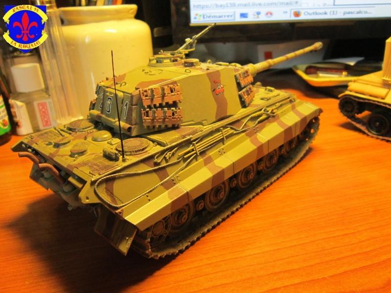 Sd.Kfz.182 King Tiger à tourelle Henschel de Dragon au 1/35e par pascal 94 - Page 2 970414IMG1614b