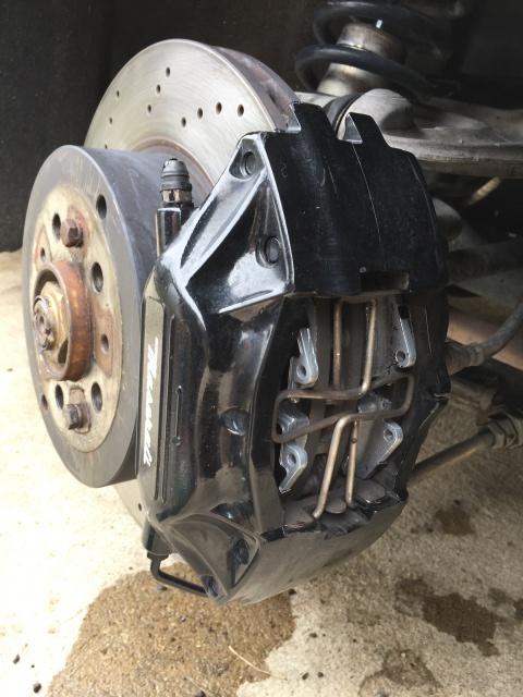 [3200 GT / 4200 / GranSport] Les plaquettes de frein 970720IMG7259