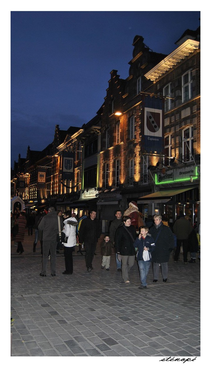 Marché de Noël à Tournai Belgique (couleur) 971787Copiede017copie