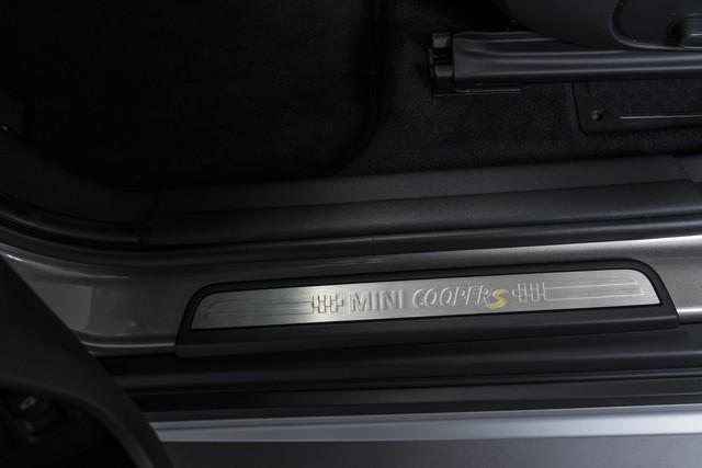 Agile, polyvalent, électrisant : le MINI Cooper S E Countryman ALL4 973070P90240758highResminicoopersecoun