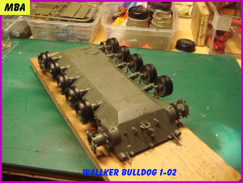 Le M41A3 light tank Wallker Bulldog au 1/35ème AFV club 974165WalterBulldog102