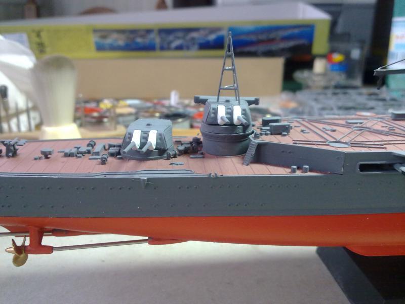 croiseur lourd Mogami au 1/350 par Pascal 94 - Tamiya  - Page 5 977612tourelles203jpg