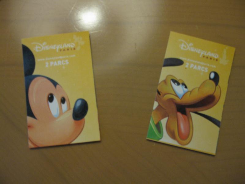 [Disneyland Paris] Disneyland Hotel - chambre Castle Club (8-10 décembre 2010) (début du TR p.9) - Page 8 977644IMG1885