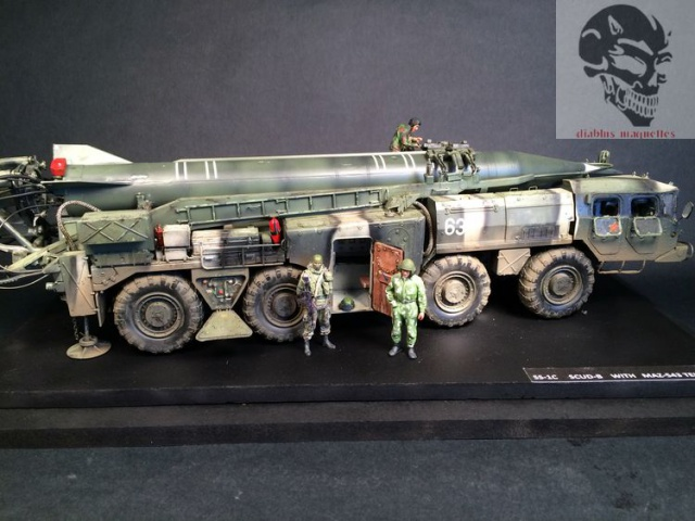 SS-1C   Scud-B  avec un Maz 543 TEL (maquette dragon 1/35) 979237IMG4466