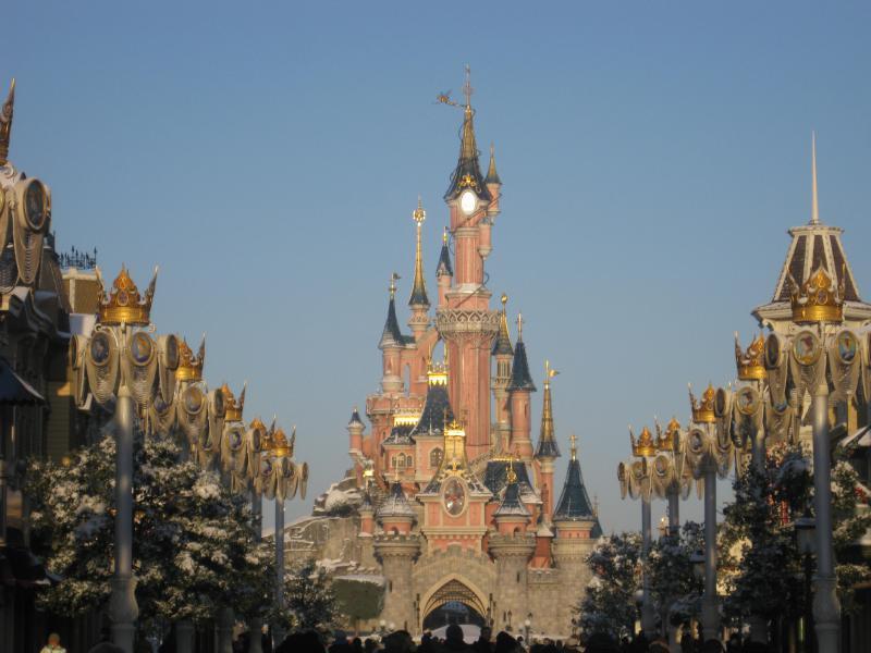 [Disneyland Paris] Disneyland Hotel - chambre Castle Club (8-10 décembre 2010) (début du TR p.9) - Page 9 981271IMG2155