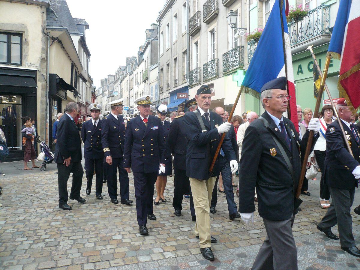 [Histoires et histoires] 100 villes, 100 héros, 100 drapeaux. Hommage national en ce 6 septembre 2014 9842401729