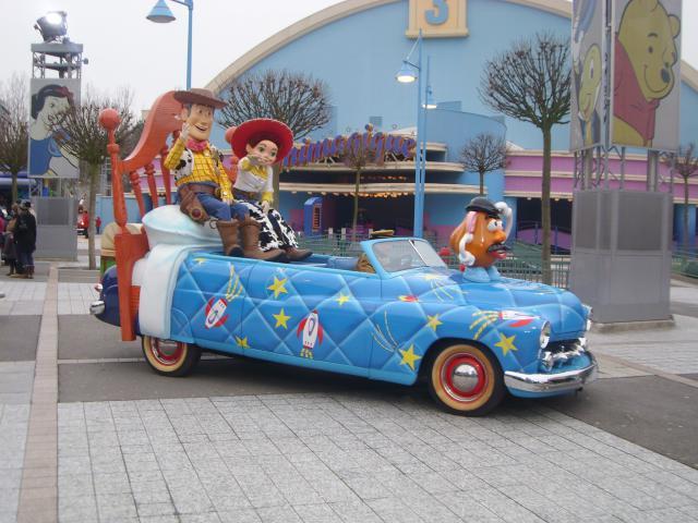 [Disneyland Paris] Premier séjour au DLH (31 janv.-2 fév. 2011) + un anniversaire inoubliable ! - Page 4 986027210