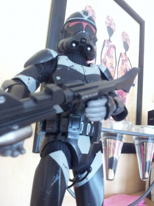 Sideshow - Utapau Shadow Trooper 12-inch Figure 99268920111107104939