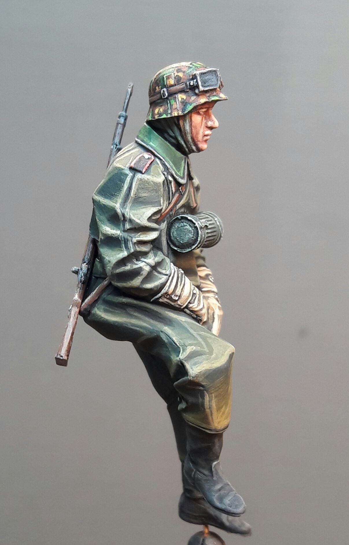 Zündapp KS750 - Sidecar - Great Wall Hobby + figurines Alpine - 1/35 99398619686565102116827705193251621985093o
