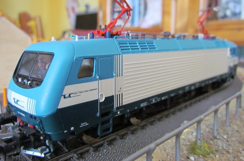 Une belle italienne en 3 rails chez Roco 998342IMG5778