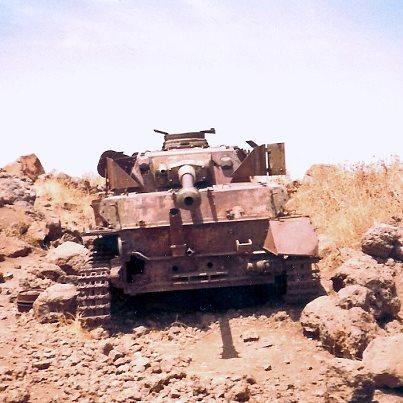 Les Panzer IV ausf H syriens !!! 9989926439604767827677735272204848n