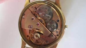 Jaeger -  [Le TOPIC des demandes d'IDENTIFICATION et RENSEIGNEMENTS de montres est ICI] Mini_268582IMG0606