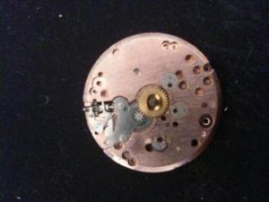 Jaeger -  [Le TOPIC des demandes d'IDENTIFICATION et RENSEIGNEMENTS de montres est ICI] Mini_278943IMG1009