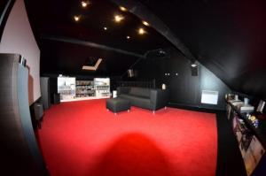 Votre Coin Jeux / Votre Installation Home Cinéma... Mini_317501DSC00203