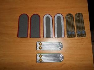 épaulettes + insignes Mini_346061DSCN0458
