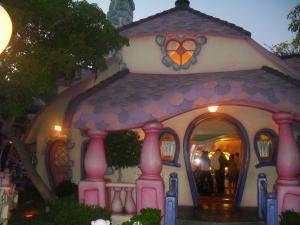 Disneyland Resort: Trip Report détaillé (juin 2013) - Page 2 Mini_393651FFFFFFFFFFFFFF