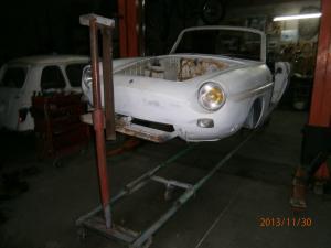 Restauration de la caravelle 1100S de juju Mini_402075Tbroche2