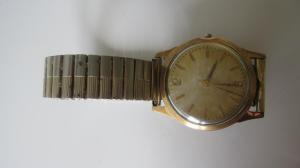 Jaeger -  [Le TOPIC des demandes d'IDENTIFICATION et RENSEIGNEMENTS de montres est ICI] Mini_477073IMG0604