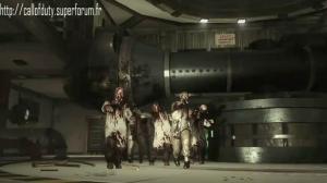 Ascension : les Zombies sont de retour . . . Mini_645417vlcsnap2011012613h05m48s230