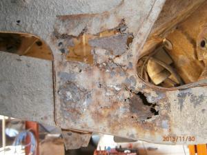 Restauration de la caravelle 1100S de juju Mini_663337joueAVG