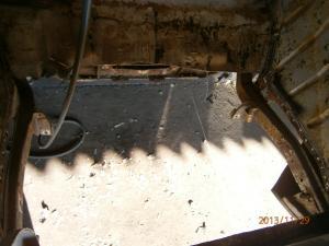 Restauration de la caravelle 1100S de juju Mini_731785trouplancher