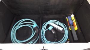 Rangement des câbles : Fabrication d'un double fond de coffre - Page 2 Mini_95604220160921163016