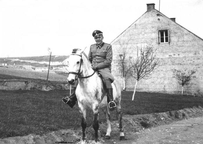 Amon Göth(1908/1946) 115188Gothonhorse