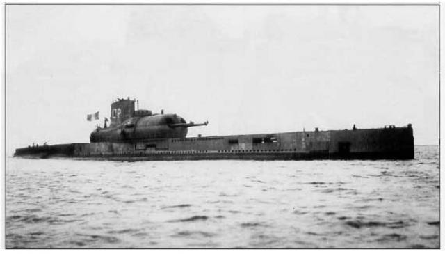 [Heller] Sous-Marin SURCOUF 1/400° (version 1937-1942) 135392sous_marin_surcouf_small