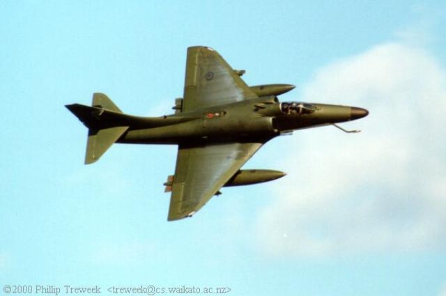 DOUGLAS A-4 SKYHAWK 325511Skyhawk_kiwi