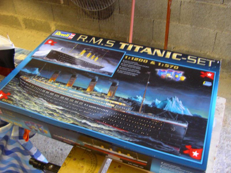 Le Titanic au 1/200 et 1/570 360969IMGP1016