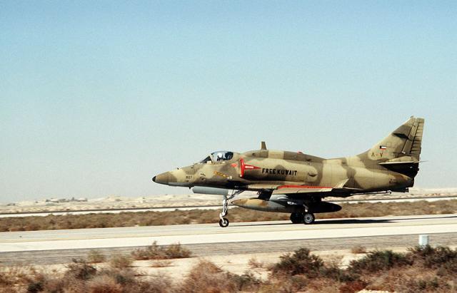 DOUGLAS A-4 SKYHAWK 361163A4_Skyhawk_4