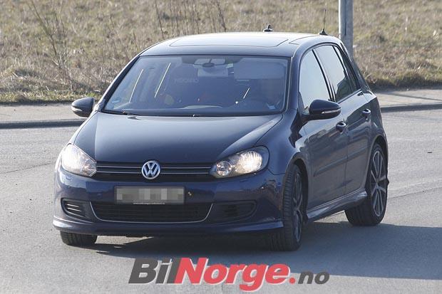 2009 - [Volkswagen] Golf R 3694052