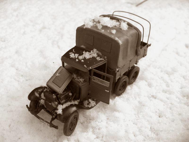 Camion Russe  GAZ-AAA 1934/1943 Zvezda 1/35 terminé!!! 429220HPIM1728