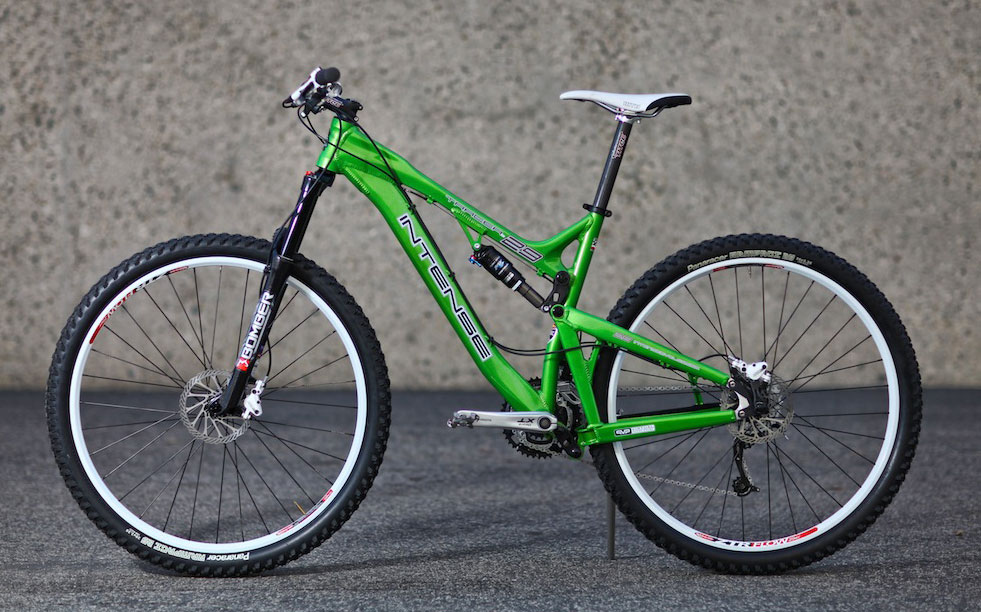 Intense 500088intense_tracer_29er_mountain_bike_proto2