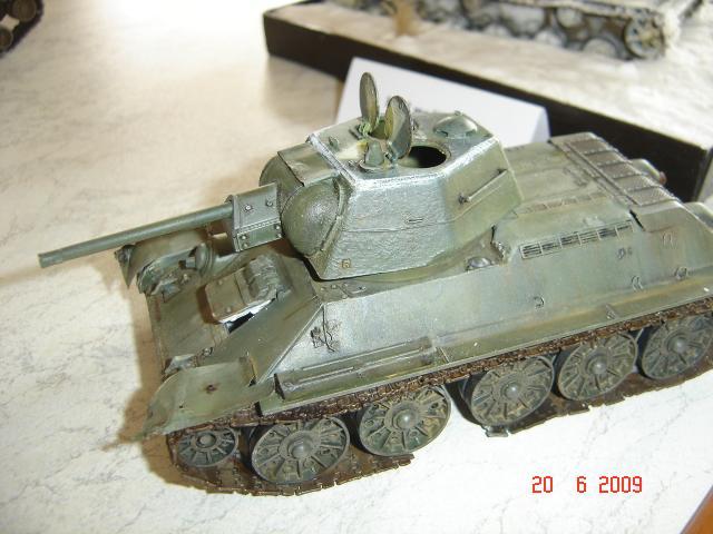 T-34 modèle 43 [Zvesda/Revell 1/35e] - Page 2 660955juin_2009_133