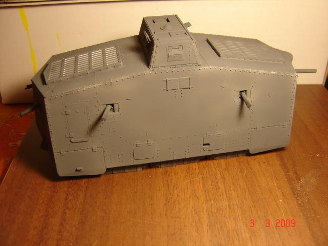 A7V [TAURO MODEL 1/35e] Le premier Panzer 665469fevrier_051