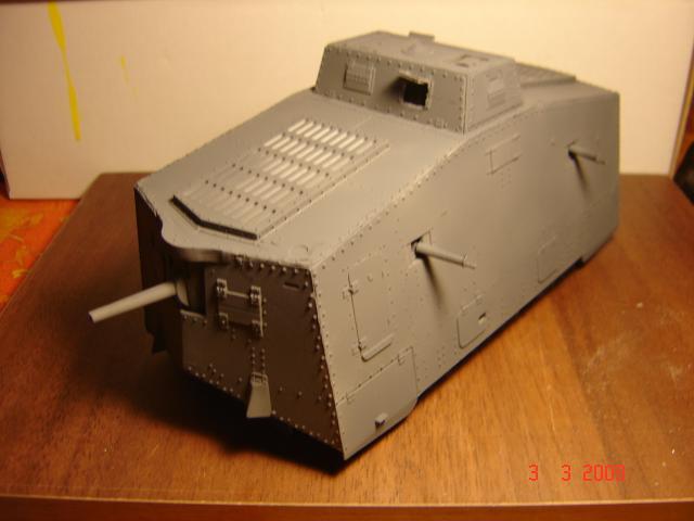 A7V [TAURO MODEL 1/35e] Le premier Panzer 731458fevrier_053