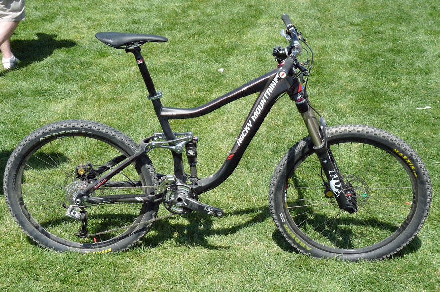 Rocky Mountain 7487802011_rocky_mountain_slayer_freeride_bike01