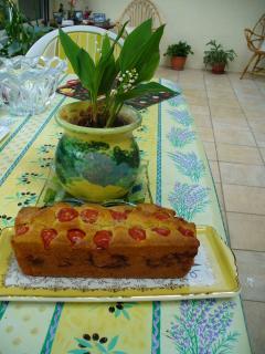 Le cake aux saint-Jacques et tomates cerises 810444cake1
