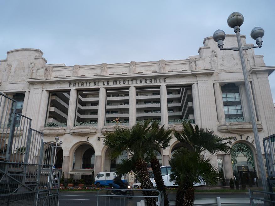 """UN PARFUM D"""" ITALIE :NISSA BELLA FAIT SON CARNAVAL DEVANT DES MERLUS DECON(FETTIS) FITS 1 A 0 820173P1060021"""