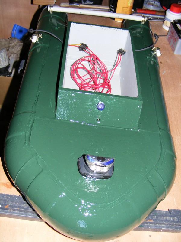 Bateau amorceur 82420DSCF5055