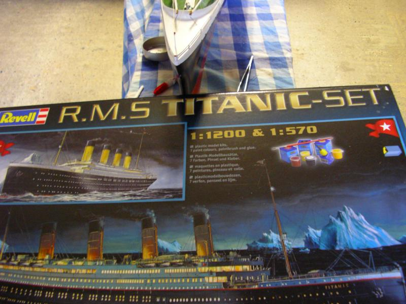 Le Titanic au 1/200 et 1/570 830267IMGP1017