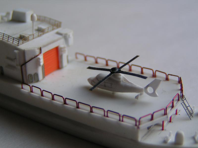 Hélicoptère Panther au 700ème 886618panther4