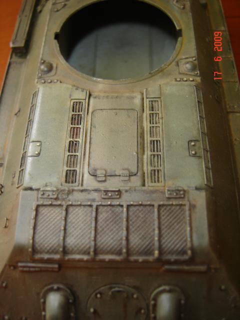 T-34 modèle 43 [Zvesda/Revell 1/35e] - Page 2 913847juin_2009_016