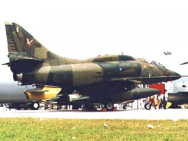 DOUGLAS A-4 SKYHAWK 977497A4ptm