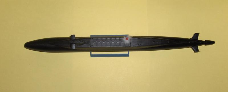 Sous marins Redoutable/Triomphant par Flash au 1/400 - heller 101090HPIM1178