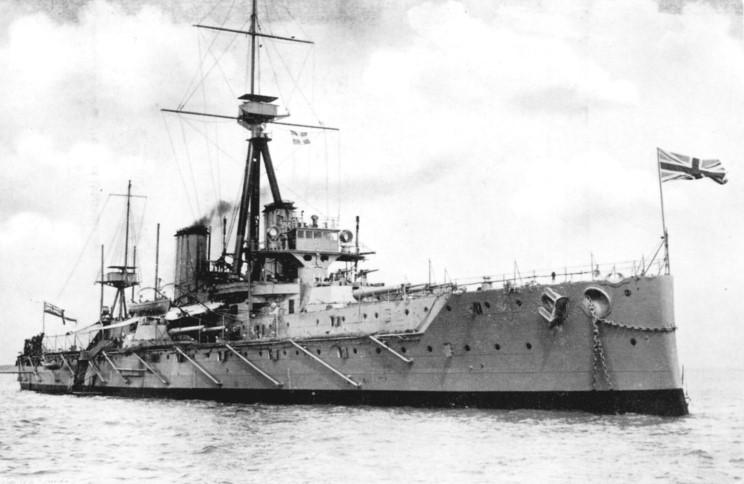 AUTRICHE-HONGRIE CUIRASSES CLASSE TEGETTHOFF 11130HMS_Dreadnought_1910