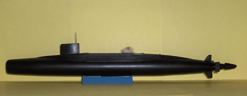 Sous marins Redoutable/Triomphant par Flash au 1/400 - heller 113640HPIM1176